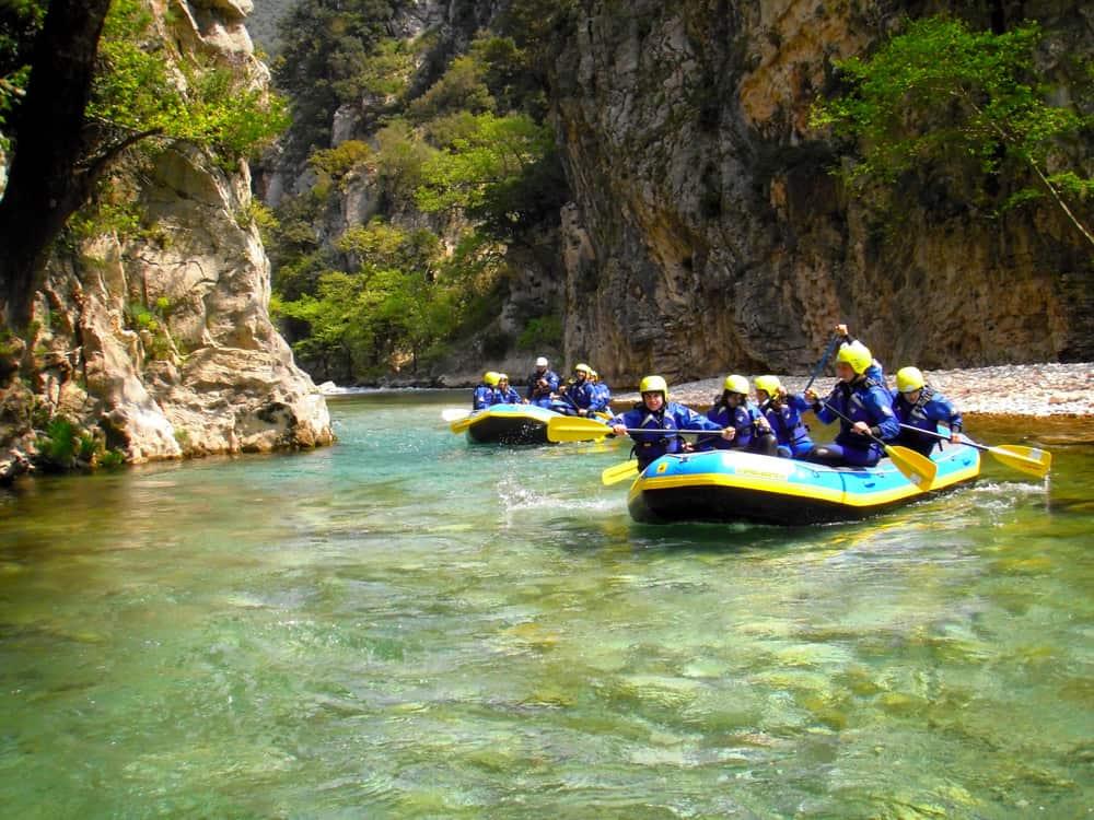 rafting in evinos