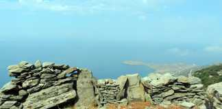 hiking andros