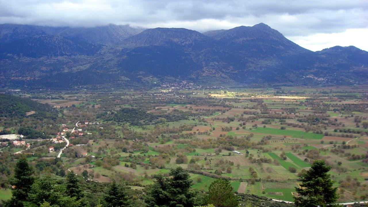 Feneos plateau