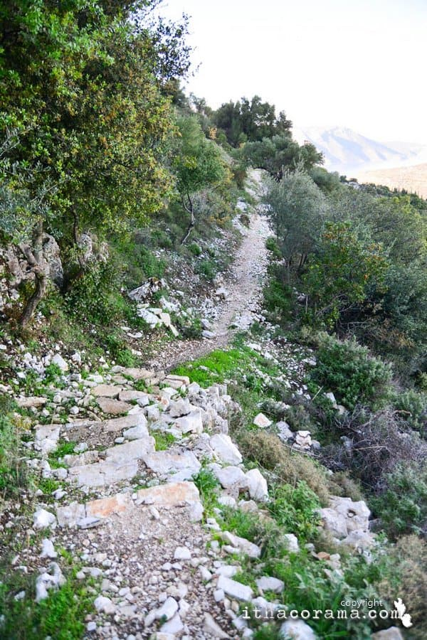 Trekking Perachori – Nymphs Cave Ithaca