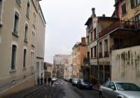 Lyon - Walking the hill down