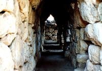 """Tiryns, a passageway"" by Alun Salt - originally posted to Flickr as Tiryns, a passageway. Licensed under CC BY-SA 2.0 via Wikimedia Commons - http://commons.wikimedia.org/wiki/File:Tiryns,_a_passageway.jpg#/media/File:Tiryns,_a_passageway.jpg"