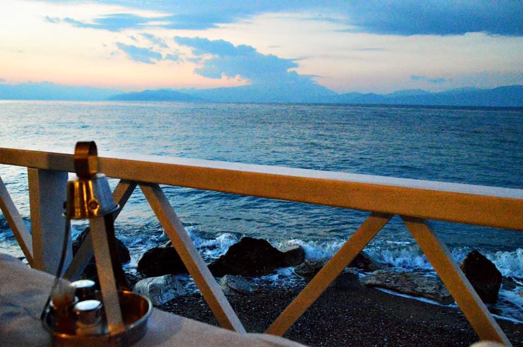 Hotel Daphne Beach Front