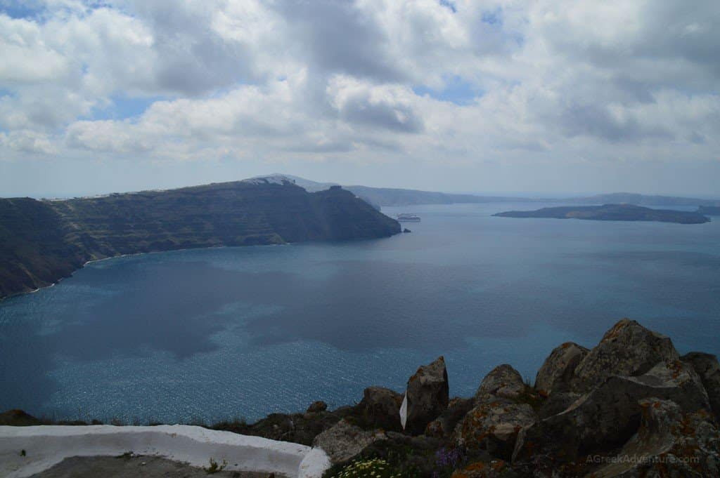 Hiking Santorini Greece - 10km From Thira to Oia