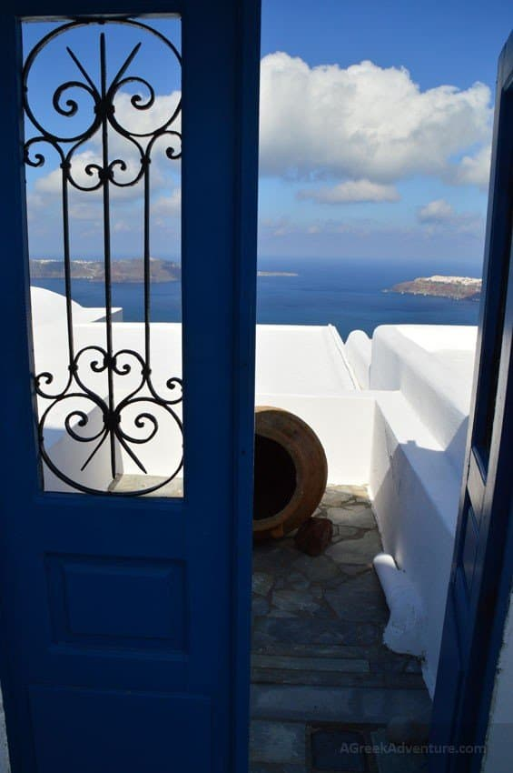 Hiking Greece - 10km From Thira to Oia