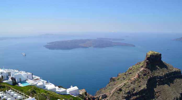 Mykonos or Santorini? - White & Blue Island Hopping - Athens to Santorini Ferry