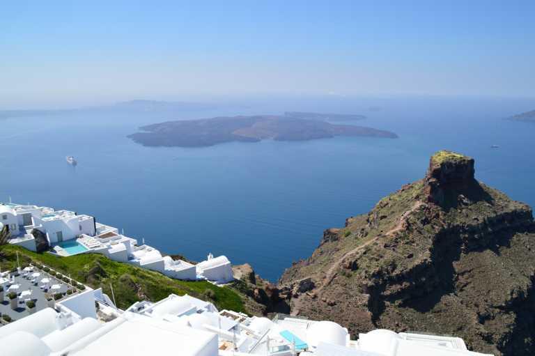 Mykonos or Santorini? - White & Blue Island Hopping - Athens to Santorini Ferry