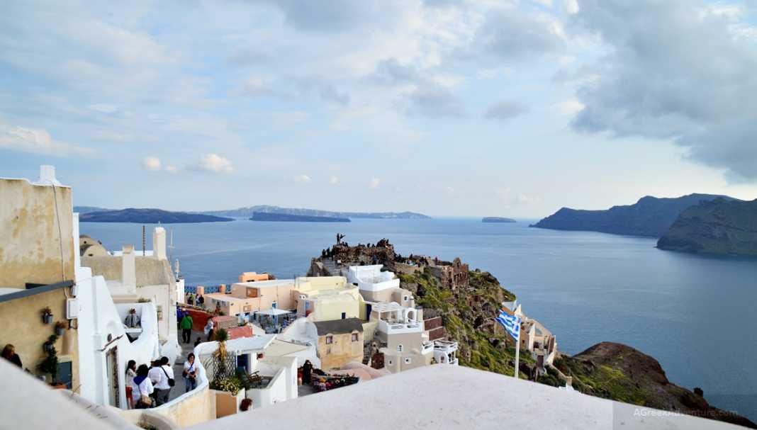 Santorini named Best Island in Europe