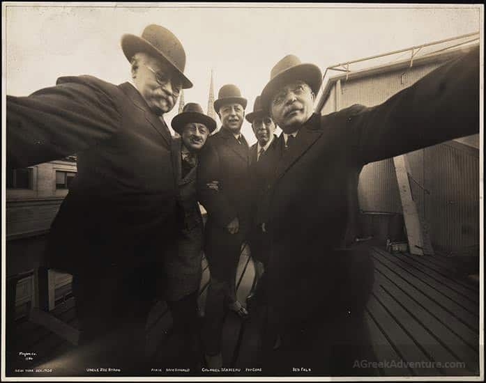 First Group Selfie Photo in the World in 1920