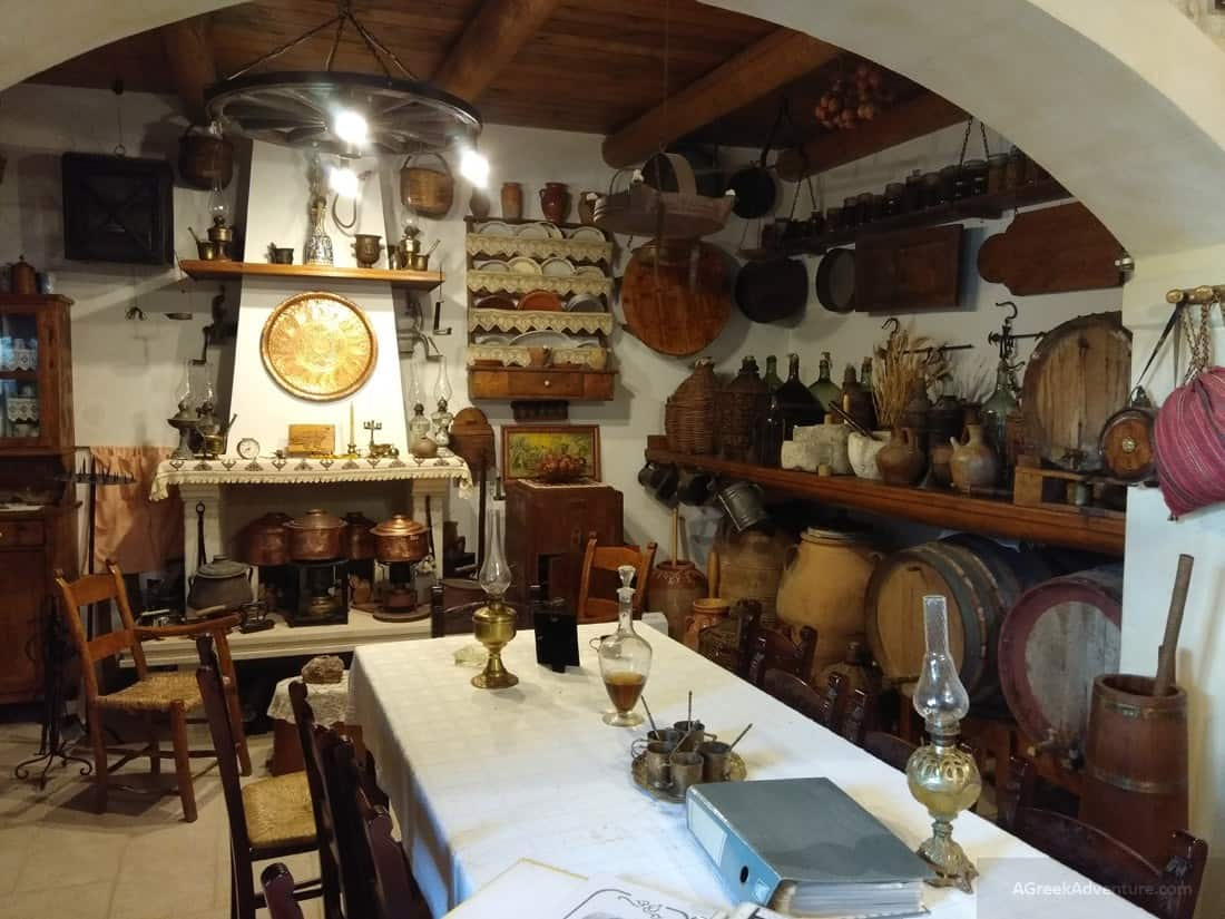 Holidays in Crete: Sightseeing, Eating, Baking Bread