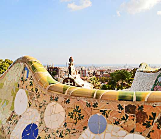 Park Guell Barcelona - Fairyland of Gaudi