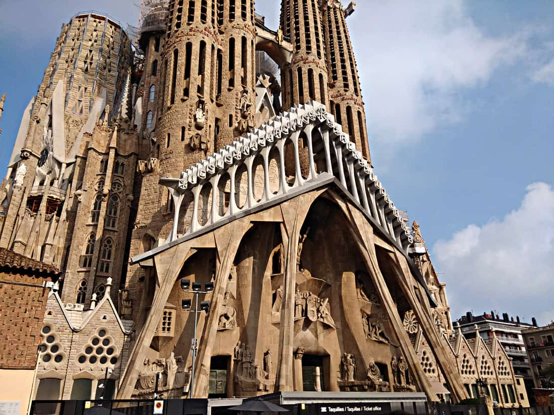 La Sagrada Familia & City of Barcelona - 3 Days in Barcelona: Perfect Barcelona Itinerary