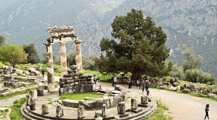 Delphi Tour Greece: Oracles, Antiquity, Galaxidi