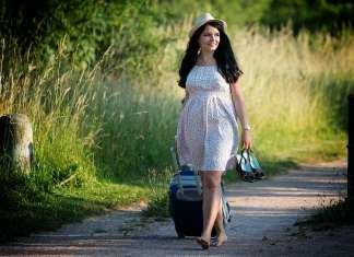 7 Common Traveler Health Issues and How to Treat Them Naturally