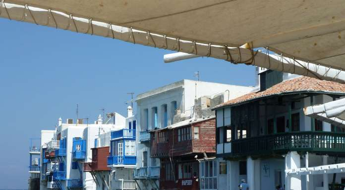 How to Get From Mykonos to Santorini? Flights & Ferries
