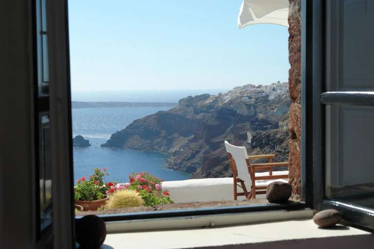Moving To Greece as Expat? Read This!