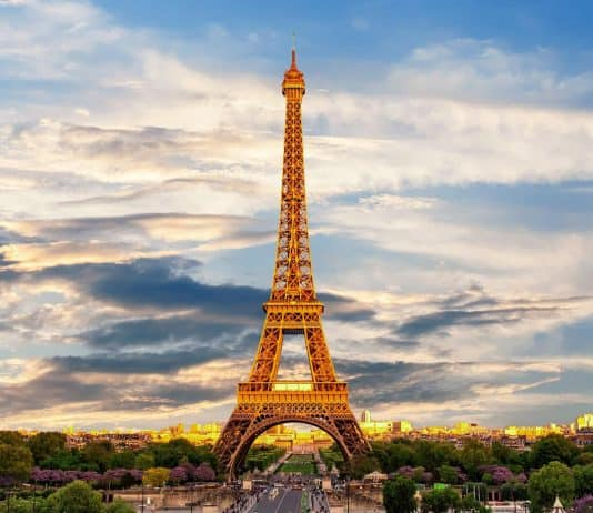 How to Enjoy 2 Days in Paris, France
