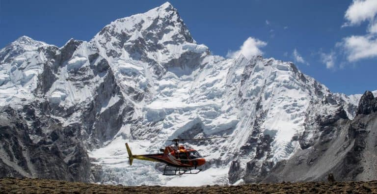 Helicopter Everest Air Dynasty