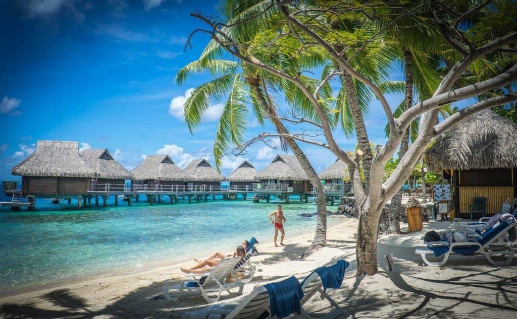 World Exclusive Resorts