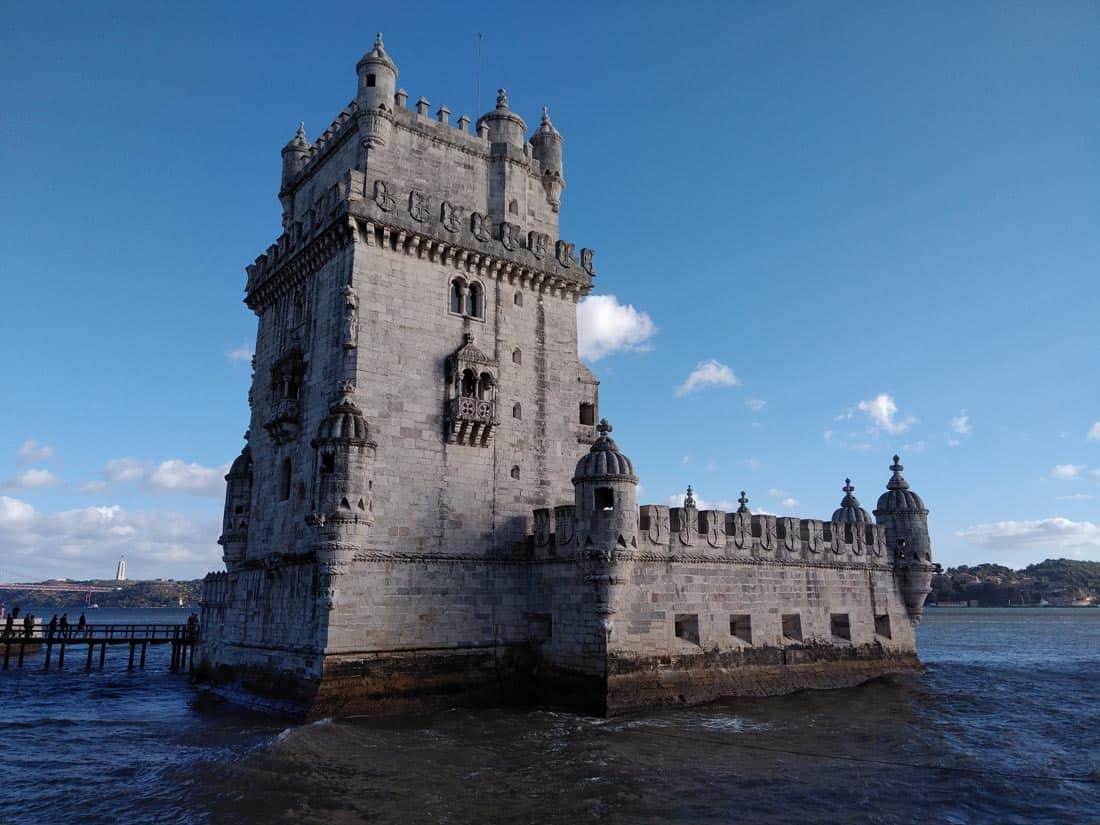 Best Downtown Lisbon Walks: Exploring the City