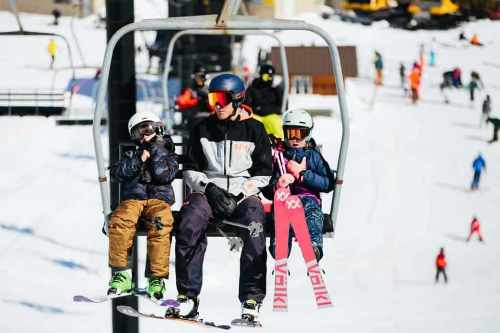 start skiing