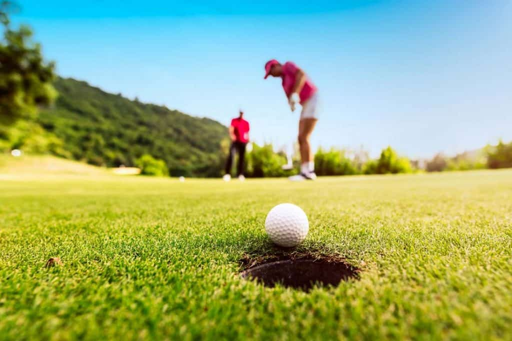 Golf for Female Sports Fans